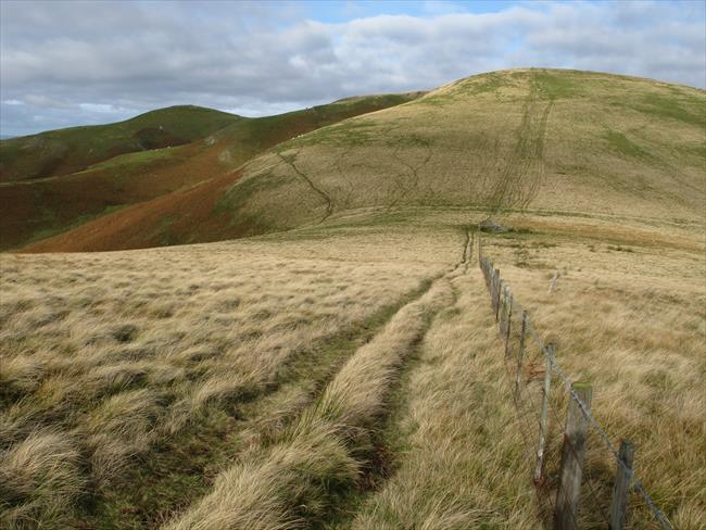 Steer Rigg approaching White Law