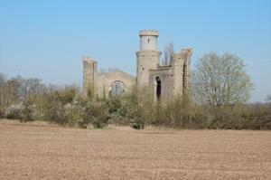 Dunstall Castle Folly soon after start